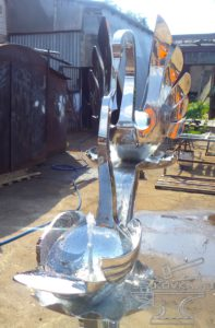 кованый питьевой фонтанчик